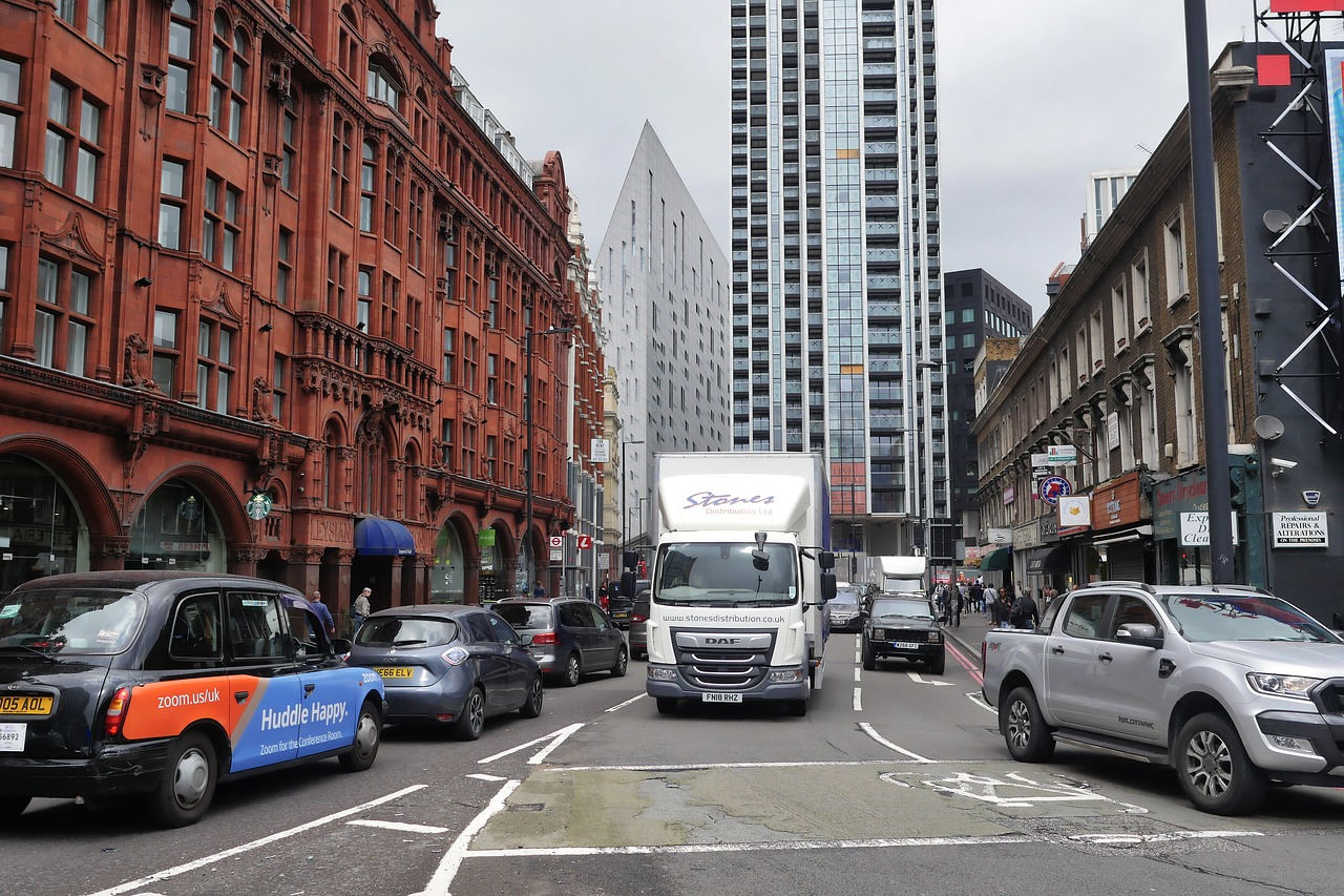 DAF Truck in the middle of London